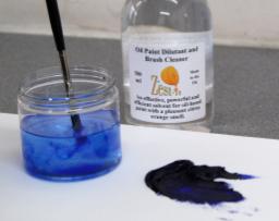 brush washing removing oil paint